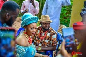 traditional wedding photos in port harcourt rivers state nigeria igbo yoruba hausa efik ibibio annang ijaw itsekiri benin imo abia akwa ibom edo bayelsa enugu ebonyi wedding attires dress trad wedding african wedding